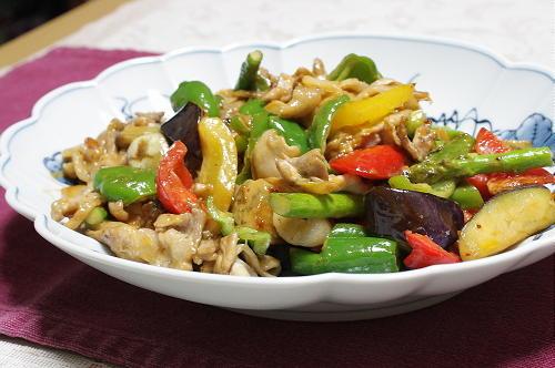 今日のキムチ料理レシピ:夏野菜と豚肉とキムチのオイスターマヨ炒め
