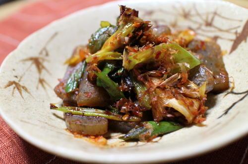 今日のキムチ料理レシピ:こんにゃくのピリ辛炒め