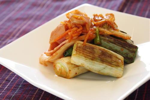 今日のキムチ料理レシピ:ねぎとキムチの醤油炒め