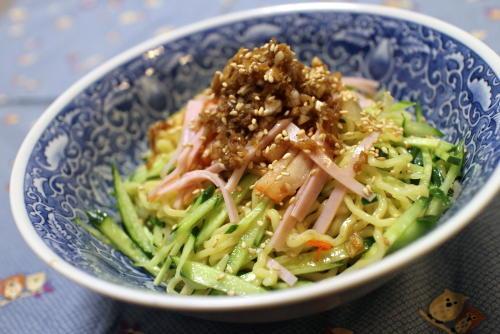 今日のキムチ料理レシピ:ネギダレキムチそば