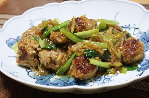 今日のキムチ料理レシピ:キムチ肉団子と小松菜のとろみあん