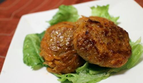 今日のキムチ料理レシピ:ニンジンピリ辛つくね