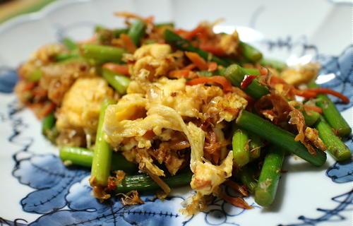 今日のキムチレシピ:にんにくの芽とキムチの卵炒め