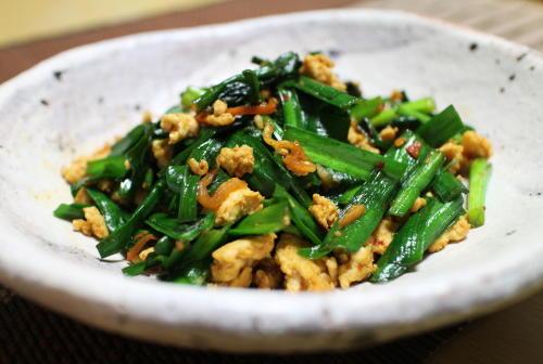 今日のキムチ料理レシピ:にらのピリ辛ひき肉炒め