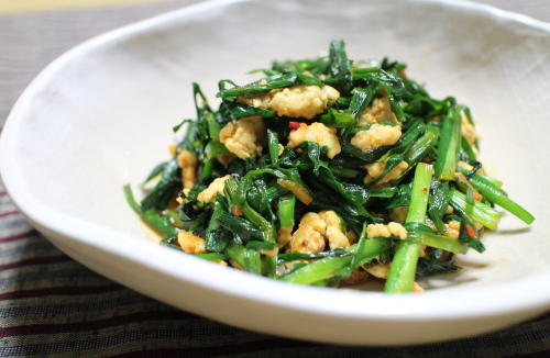 今日のキムチレシピ:にらのピリ辛鶏ひき肉炒め