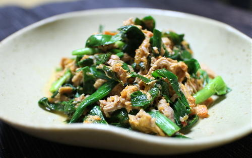 今日のキムチ料理レシピ:ニラのピリ辛ツナマヨ和え