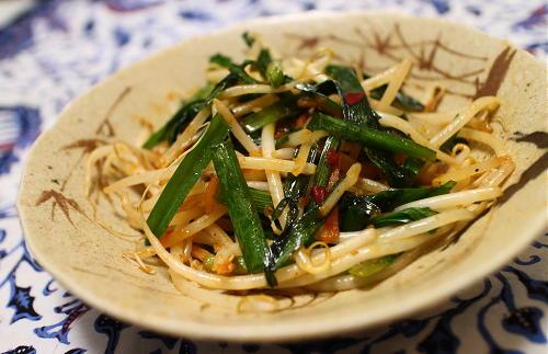 今日のキムチ料理レシピ:にらもやしの甘辛炒め