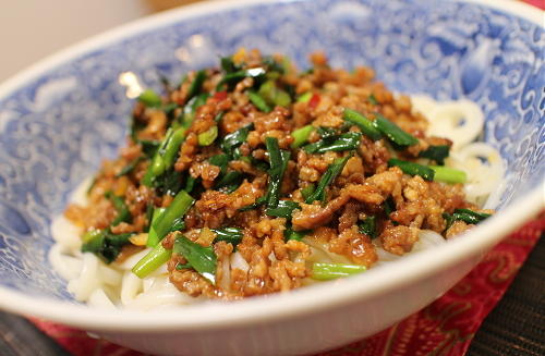 今日のキムチ料理レシピ:ピリ辛そぼろあんかけうどん