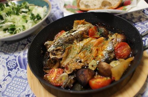 今日のキムチ料理レシピ:オイルサーディンのキムチアヒージョ