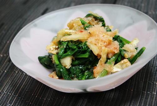 今日のキムチ料理レシピ:ほうれん草とキムチのおろし和え
