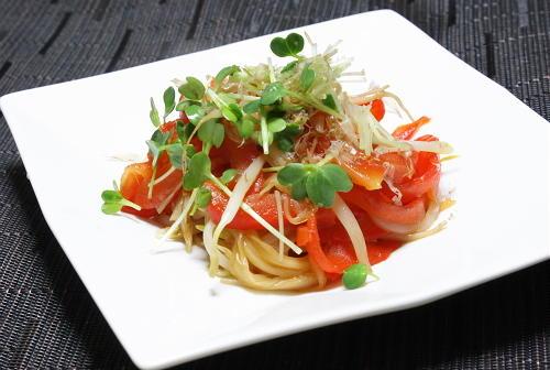 今日のキムチ料理レシピ:パプリカとキムチの甘酢炒め