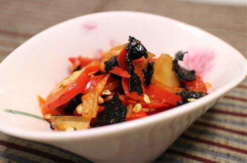 今日のキムチ料理レシピ:パプリカとキムチの海苔和え