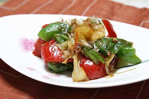 今日のキムチ料理レシピ:パプリカとピーマンのキムチ酢醤油和え