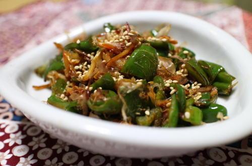 今日のキムチ料理レシピ:ピーマンとキムチの甘辛煮