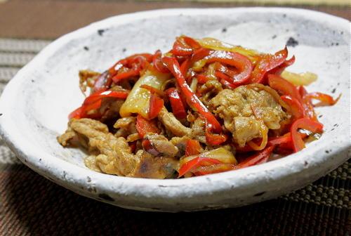 今日のキムチ料理レシピ:豚肉とピーマンのキムチオイスターソース炒め