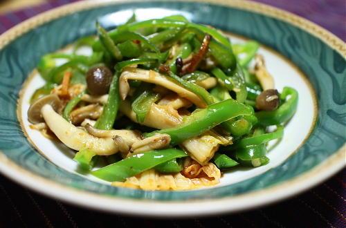 今日のキムチレシピ:ピーマンとキムチのオイスターソース炒め