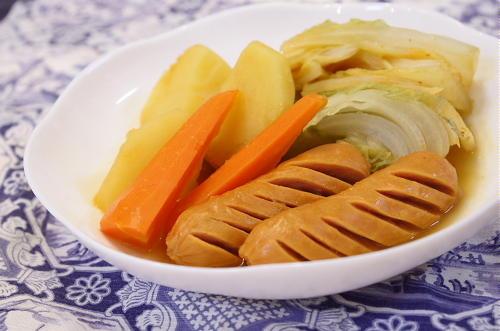 今日のキムチ料理レシピ:ピリ辛ポトフ