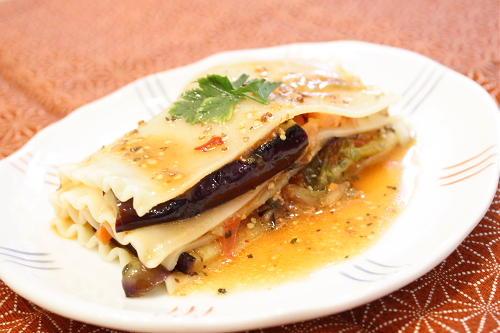 今日のキムチ料理レシピ:キムチのラザニアサラダ