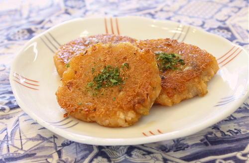 今日のキムチ料理レシピ:キムチれんこん餅
