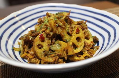 今日のキムチ料理レシピ:レンコンのキムチひき肉カレー