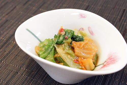今日のキムチ料理レシピ:レタスとキムチのチーズ和え