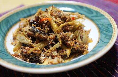 今日のキムチレシピ:サバ缶とごぼうのキムチ煮