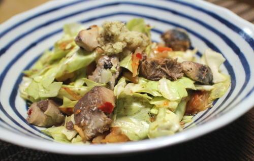 今日のキムチレシピ:サバ缶とキャベツのキムチ和え