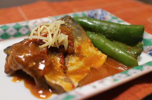 今日のキムチ料理レシピ:サバのピリ辛味噌煮