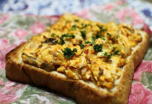 今日のキムチ料理レシピ:サバキムチトースト
