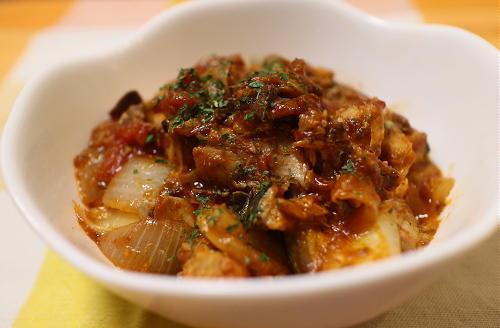 今日のキムチレシピ:サバ缶のトマトキムチカレー煮込み