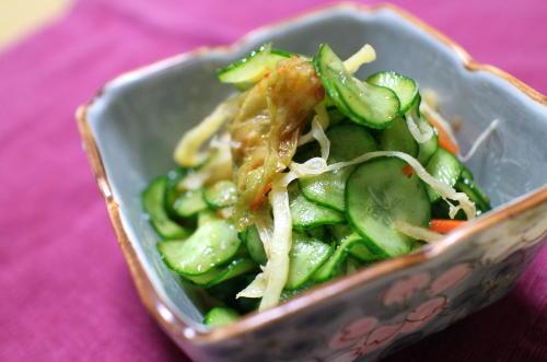 今日のキムチレシピ:胡瓜とさきイカの甘酢キムチ和え