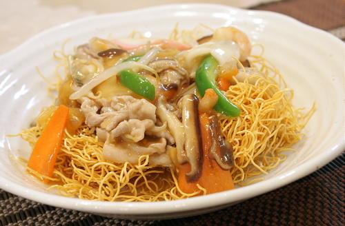 今日のキムチ料理レシピ: キムチ皿うどん