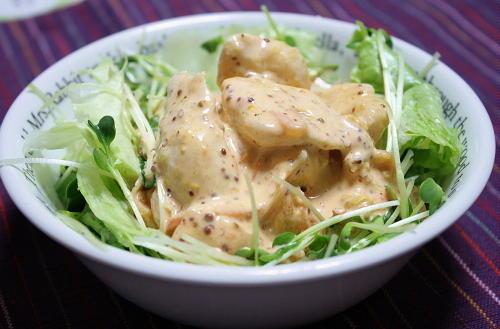 今日のキムチ料理レシピ:鶏のささみとキムチのマヨマスタードサラダ