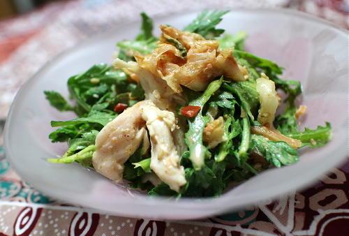 今日のキムチ料理レシピ:ささみと春菊のキムチサラダ