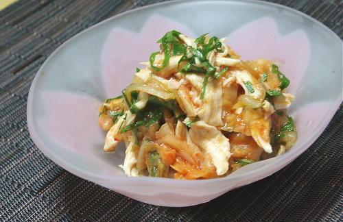 今日のキムチ料理レシピ:鶏ささみの梅キムチ和え