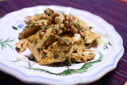 今日のキムチ料理レシピ:鶏のささみのキムチマヨ和え
