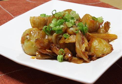 今日のキムチ料理レシピ:里芋と豚肉の甘辛キムチ炒め