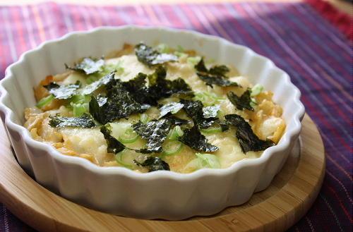 今日のキムチ料理レシピ:里芋とキムチのチーズ焼き