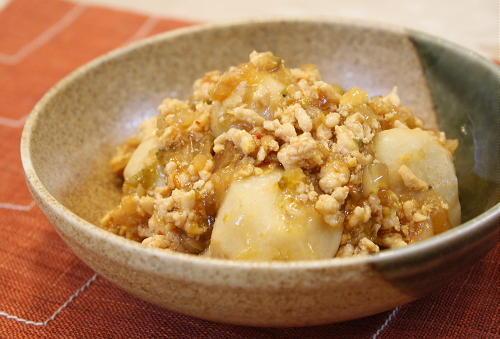 今日のキムチ料理レシピ:里芋のキムチひき肉煮