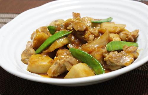 今日のキムチ料理レシピ:里芋と鶏肉とキムチの炒め煮