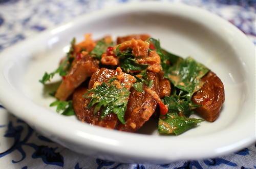 今日のキムチ料理レシピ:さつま揚げのピリ辛マヨ和え