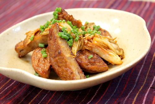 今日のキムチ料理レシピ:さつま揚げのキムチ炒め