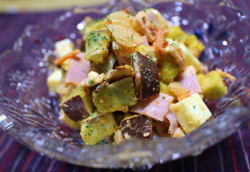 今日のキムチレシピ:さつまいもとキムチのサラダ