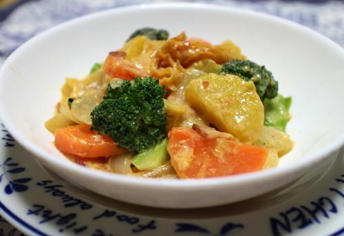 今日のキムチレシピ:サツマイモとキムチのシチュー