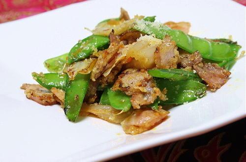 今日のキムチ料理レシピ:さやえんどうとキムチの粉チーズ炒め