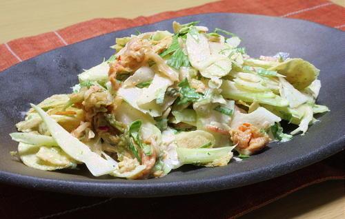 今日のキムチ料理レシピ:セロリチップスキムチサラダ