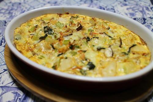 今日のキムチ料理レシピ:セロリとキムチのキッシュ