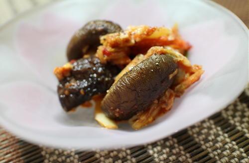 今日のキムチ料理レシピ:しいたけとキムチのバター醤油炒め