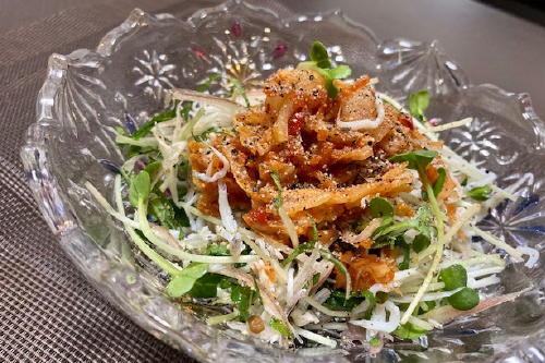 今日のキムチ料理レシピ:シラスとキムチの薬味サラダ