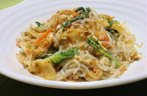 今日のキムチ料理レシピ:しらたきのチャンプルー風キムチ炒め